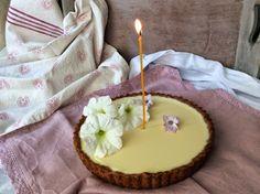 EL MITO DEL SOFRITO: Tarta de chocolate blanco  (... y Primer Cumpleaño...