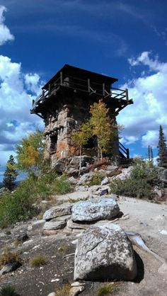 Hike to Shadow Mountain Fire Station Lookout Source by GrandLakeCO. Tower House, Castle House, Small Castles, Lookout Tower, Off Grid Cabin, Grand Lake, Getaway Cabins, Forest House, Home Landscaping