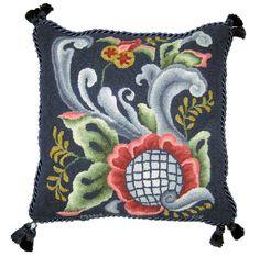 Peggy Hannum and the Art of Rug Hooking Rug Hooking Kits, Rug Hooking Patterns, Knitting Patterns, Scandinavian Cushions, Scandinavian Folk Art, Wool Embroidery, Wool Applique, Penny Rugs, Norwegian Rosemaling