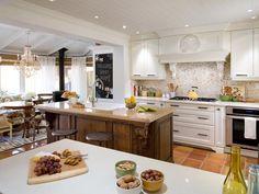 Wohnideen Küche landhaus stil granit arbeitsplatte weiße schränke