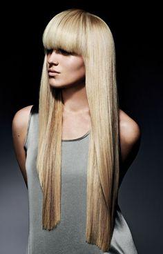 Stijl blond haar met een pony #Hair