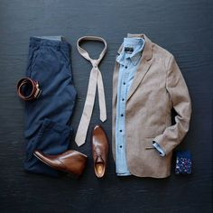 Weekend outfit with a beige cotton tie by Ties.com @photo_n_style #flatlay #tiesdotcom #weekend #outfits #tielife #businesscasual