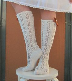 lace knee highs - free pattern