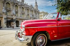 Summer trip to Havana? Yes. Enjoy these amazing photos from farandback.com by @vjsingh