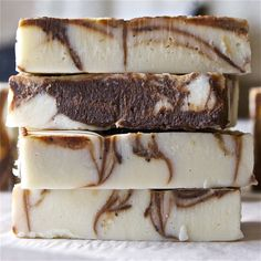 Peppermint Mocha Soap Recipe - this sounds good enough to eat...but don't do it!