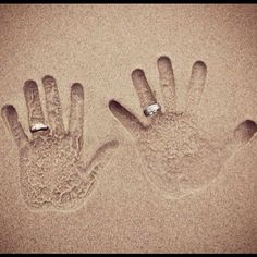 Adorable for beachh weddings! #nofilter #weddingideas #weddingidea #wedding #handprints #weddingrings #bride #groom #love #romantic #romance #beautiful #beachwedding #sand #beach - @happily_everr_afterr- #webstagram