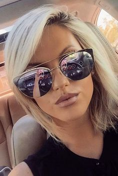 Best Hair Styles With Bangs for Your Oblong Face Shape ★ See more: http://lovehairstyles.com/hair-styles-with-bangs-oblong-face/