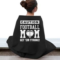 Cozy & Warm #FootballMom Gildan Dryblend Stadium #Blanket. Warm and cute during the #football game? TOUCHDOWN!