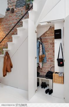 Hanging rail idea is great... See exactly what you're looking for!