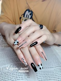 Pretty Shoes, Pretty Nails, Subtle Nails, Cute Acrylic Nails, Beauty Recipe, Nail Arts, Swag Nails, Coffin Nails, Nail Art Designs