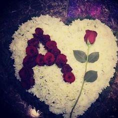 कभी तुम दुसरों के लिए दिल से दुवा मांग कर देखो तुम्हें अपने लिए मांगने की जरूरत नहीं पड़ेगी  ..A...?!¿,,=~>~