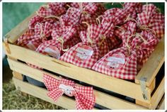 Love the idea of cloth lunch bags Picnic Theme, Picnic Birthday, Cowboy Birthday, Farm Theme, First Birthday Parties, Horse Party, Cowgirl Party, Barnyard Party, Masha And The Bear
