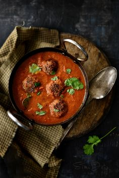 Quinoa kofta curry - quinoa and potato balls in a rich curry