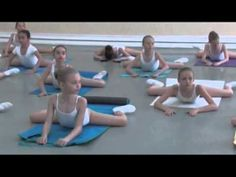 3 Stretches Adult Ballet Students Should Do Every Morning Ballet Studio, Ballet Class, Ballet Dancers, Ballet Feet, Dance Studio, Ballet Stretches, Vaganova Ballet Academy, Dance Technique, Dance Training