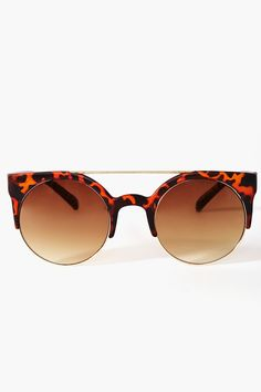 Raquel Shades - Tortoise -- I want these in the same color as the one in the L'air De Rien video!! @margauxavril, where can I get them?