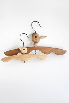 Woody Hangers