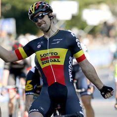 Tirreno-Adriactico Jens Debusschere (Lotto Soudal) wins the bunch sprint (Bettini Photo)