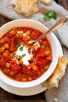 Garbanzos al curry indio - Art Design Soup Appetizers, Appetizer Recipes, Dinner Recipes, Quick Appetizers, Dinner Dishes, Side Dishes, Indian Food Recipes, Vegetarian Recipes, Healthy Recipes