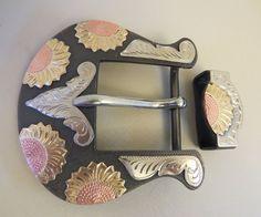 "9144 New Handmade DON ROGERS Two Piece 1 ½"" Belt Buckle Set Sunflowers"