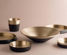 New Moon Dinnerware Set by Chaehoon Moon of Damoon | DSHOP