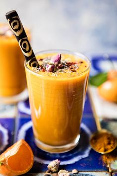 Orange Turmeric Crush - loaded with citrus, and packed with good things to keep you energized and full right through until lunch time! @halfbakedharvest.com