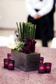 Really pretty and inexpensive flower centerpiece