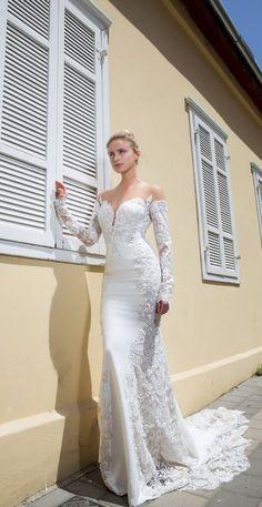 Featured Wedding Dress: Michal Medina; www.michalmedina.com; Wedding dress idea.