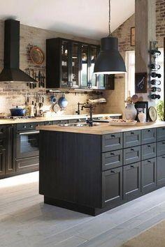 50 Best Kitchen Cabinets Design Ideas To Inspiring Your Kitchen 4 – Home Design Best Kitchen Cabinets, Kitchen Cabinet Design, Kitchen Decor, Industrial Kitchen Design, Modern Industrial, Kitchen Ideas, Black Kitchens, Cool Kitchens, Black Ikea Kitchen
