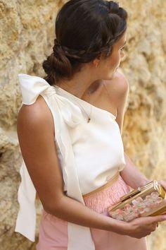 top blanco asimetrico con lazo en el hombro de boda fiesta coctel bautizo comunion graduacion evento de primavera verano en apparentia