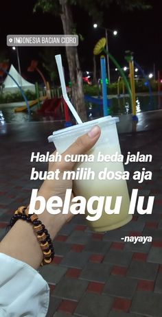 Quotes Rindu, Snap Quotes, Story Quotes, Tumblr Quotes, Tweet Quotes, Mood Quotes, People Quotes, Qoutes, Funny Quotes