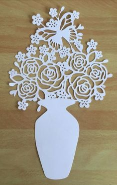 Трафарет Paper Cutting Patterns, Paper Cutting Templates, Stencil Patterns, Diy And Crafts, Arts And Crafts, Paper Crafts, Papercut Art, Scroll Saw Patterns, Cricut Creations