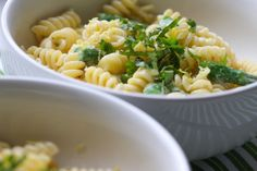 Lemon, Asparagus & Goat Cheese Pasta via @April