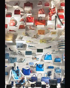 """BERGDORF GOODMAN, New York, """"Behind every successful woman is a fabulous handbag(s)"""", pinned by Ton van der Veer"""