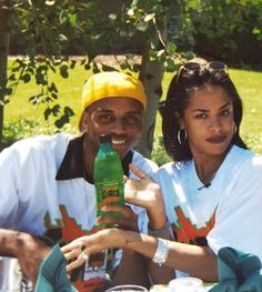 Aaliyah and Romeo when they flew to Moscow Idaho for a Surge production Rip Aaliyah, Aaliyah Style, Black Girl Aesthetic, 90s Aesthetic, Black Couples, Cute Couples, Aaliyah Haughton, 90s Hip Hop, Jada
