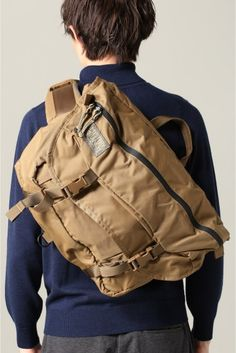 MYSTERY RANCH / ミステリーランチ:OUTSIDER Outdoor Outfit, Outdoor Gear, Backpack Bags, Sling Backpack, Mystery Ranch, Edc Bag, Clip Wallet, Man Bags, Edc Everyday Carry
