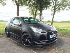 The first proper hot hatch from DS Automobiles since it launched as its own entity, the DS 3 Performance features an attractive list of winning ingredients like a powerful engine, sports suspension and wickedly aggressive looks.
