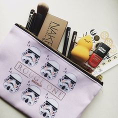 Star Wars Rogue One Rouge One makeup bag
