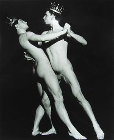 Robert Mapplethorpe The Power of Theatrical Madness: Jan Fabre, 1986 Robert Mapplethorpe, Male To Male, Male Body, Male Photography, Artistic Photography, New England, Art Editor, Homo, Fabre