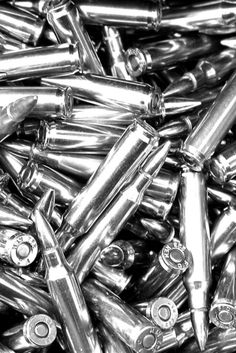 Silver | 銀 | Plata | Gin | Argento | Cеребро | Argent | Metal | Chrome | Metallic | Colour | Texture | Pattern | Style | Design | Composition | Photography | Bullets