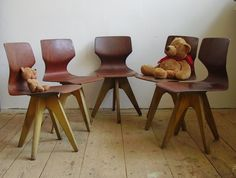 The designer Adam Stenger designed these chairs for children beginning of the 50's for the company Pagwood Flötotto. Don't care if they are for children they are lovely.