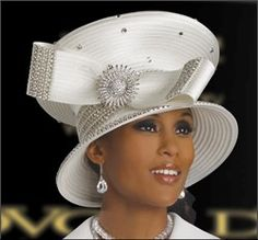 Hats from slavery to the century: The hat tradition began with the writings of the Apostle Paul who said women must cover their heads in worship Cor. During slavery times, black women dressed for church simply, sprucing up worn hats for Sunday Church Attire, Church Suits, Types Of Hats, Church Fashion, Pamela, Stylish Hats, Fancy Hats, Wearing A Hat, Dress Hats