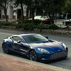 Throughout the early stages of the Jaguar XK-E, the lorry was supposedly planned to be marketed as a grand tourer. Changes were made and now, the Jaguar … Maserati, Bugatti, Ferrari, Lamborghini, Aston Martin Dbs, Martin Car, Audi, Porsche, Jaguar