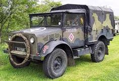 old russian military vehicles Bedford Truck, Army Vehicles, British Army, Antique Cars, Monster Trucks, Warfare, Ww2, Vehicles, Vintage Cars