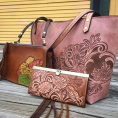 Tandy Leather, Leather Art, Leather Tooling, Leather And Lace, Leather Purses, Leather Handbags, Leather Wallet, Crossbody Wallet, Leather Engraving