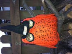 Cute Halloween Owl, made with different Halloween fabrics, with a cinnamon wash.  With a witches hat