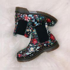 1049d0557972 Dahlia Floral Dealer Boots. Kickfootwear