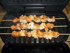 Shrimp & Lobster skewers on the George Foreman grill. George Foreman Grill, George Foreman Recipes, Healthy Grilling Recipes, Grill Recipes, Recipes Dinner, Healthy Food, Shrimp And Lobster, Grilled Salmon Recipes, Fast Dinners