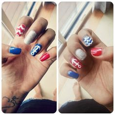Mani Monday:: Fourth of July nails