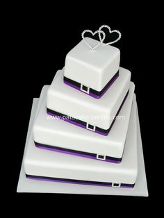 I love the offset square cake, no fondant though and different color for stripes 4 Tier Wedding Cake, Square Wedding Cakes, Square Cakes, Dad Cake, Wedding Favours Luxury, Beautiful Wedding Cakes, Dream Wedding, Take The Cake, Happy Birthday Cakes