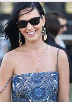Blue dress and black sunglasses?